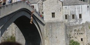 Mostar: Danas tradicionalni skokovi sa Starog mosta