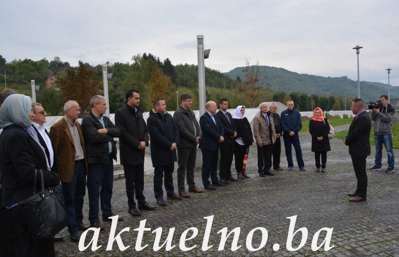 Delegacije Vlade i Skupštine Tuzlanskog kantona u posjeti Bratuncu i Srebrenici  FOTO / VIDEO