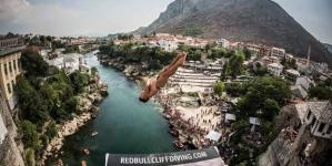 Red Bull Cliff Diving: Danas finalni skokovi sa Starog Mosta u Mostaru