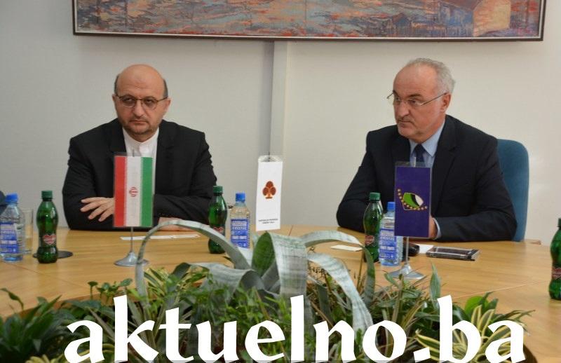 Ambasador IR Iran u BiH Nj.E. Mahmoud Heidari posjetio Kantonalnu privrednu komoru Tuzla