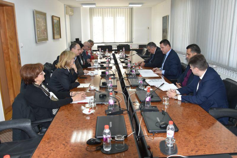 Vlada razgovarala sa Strukovnim sindikatom doktora medicine i stomatologije