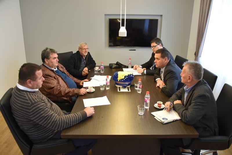 Poboljšanje poslovnog ambijenta u Tuzlanskom kantonu