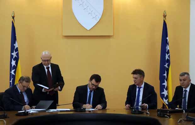 Potpisan Kolektivni ugovor: Plate rudara  od 1.050 do 1.400 KM