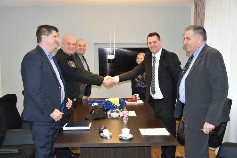 Vlada TK: Dogovor sa Sindikatom policije MUP-a TK
