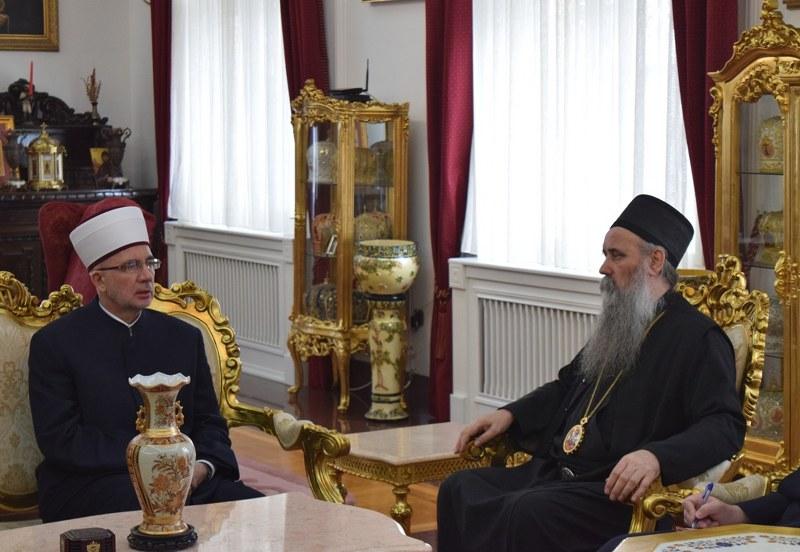 Muftija Fazlović i vladika Fotije dogovorili intenzivniju podršku programima međureligijske saradnje u Bijeljini i Tuzli