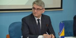 Vlada FBiH traži od oba doma Parlamenta FBiH da zakažu hitne vanredne sjednice i usvoje rebalans Budžeta i Zakon o pravima demobiliziranih branilaca