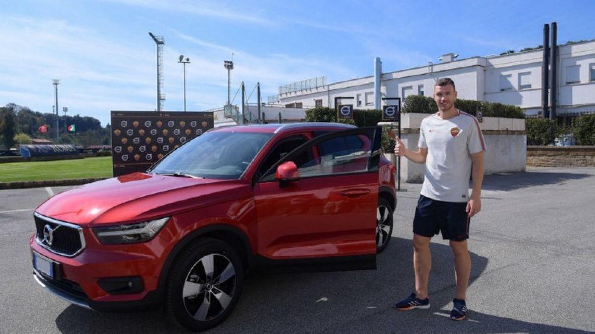 Dobio na poklon novi automobil: Edin Džeko ponovo igrač mjeseca u Romi