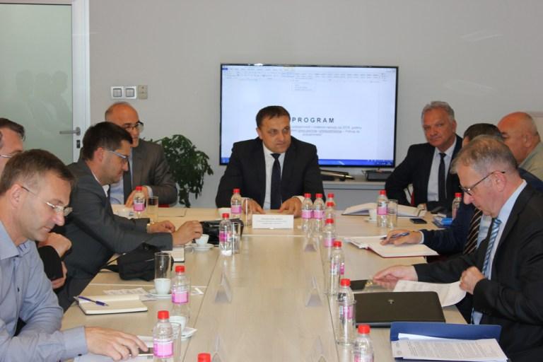 Dedić razgovarao sa kantonalnim ministrima o programima podsticaja