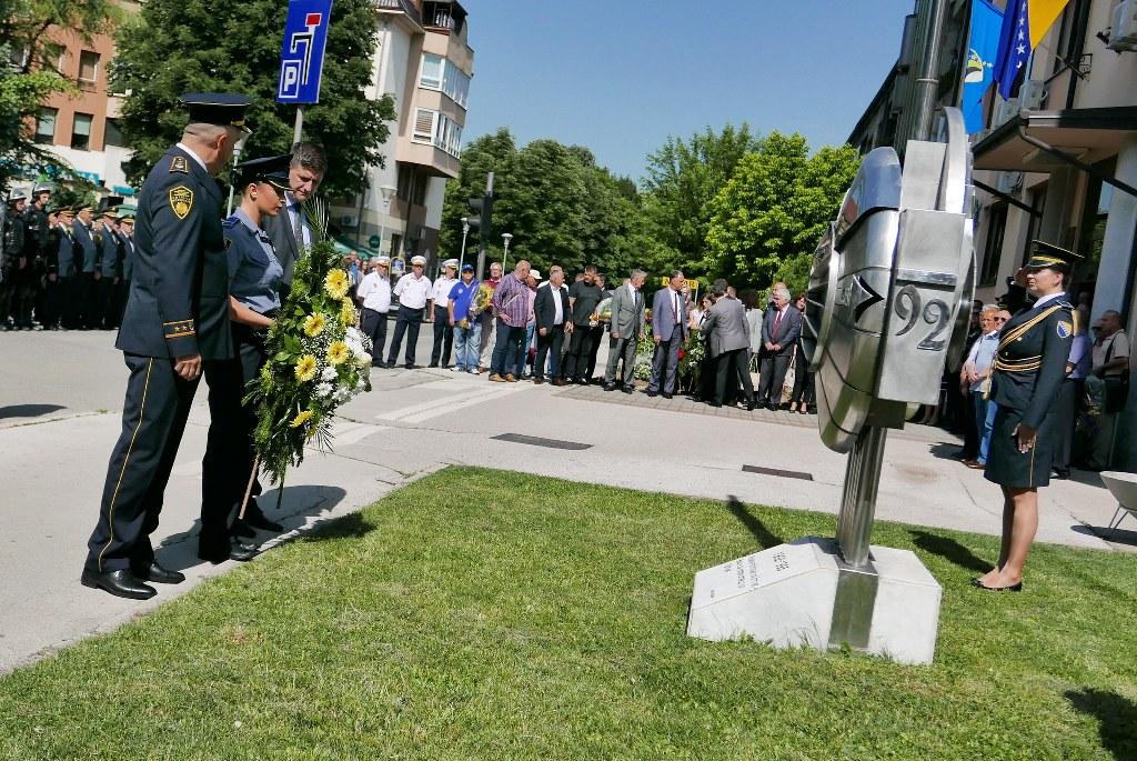 Svečano obilježen Dan policije Tuzlanskog kantona