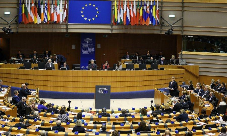Europski lideri pregovarali cijelu noć o migrantima, na kraju i Talijani popustili