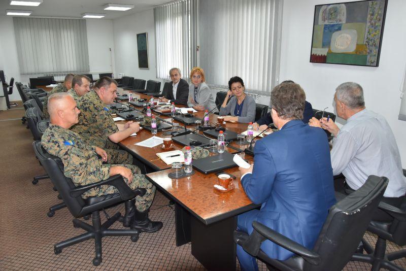 Unaprijediti saradnju Vlade TK i II pješadijskog rendžerskog puka