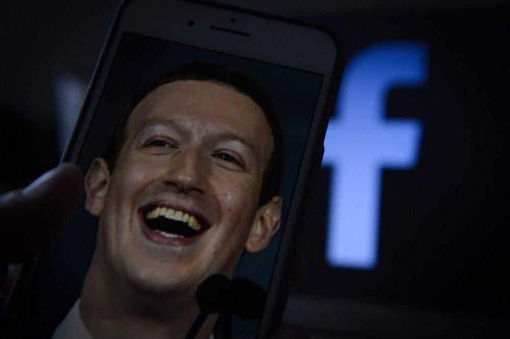 Facebook priznao veliki napad: Hakirano gotovo 50 miliona profila!