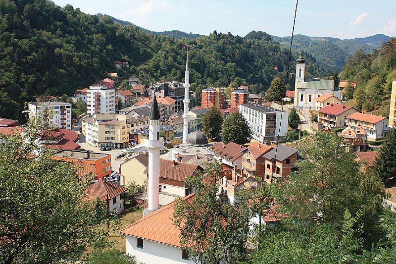 "Izvršni odbor SDA Srebrenica prozvao ""Dodikove Bošnjake"""