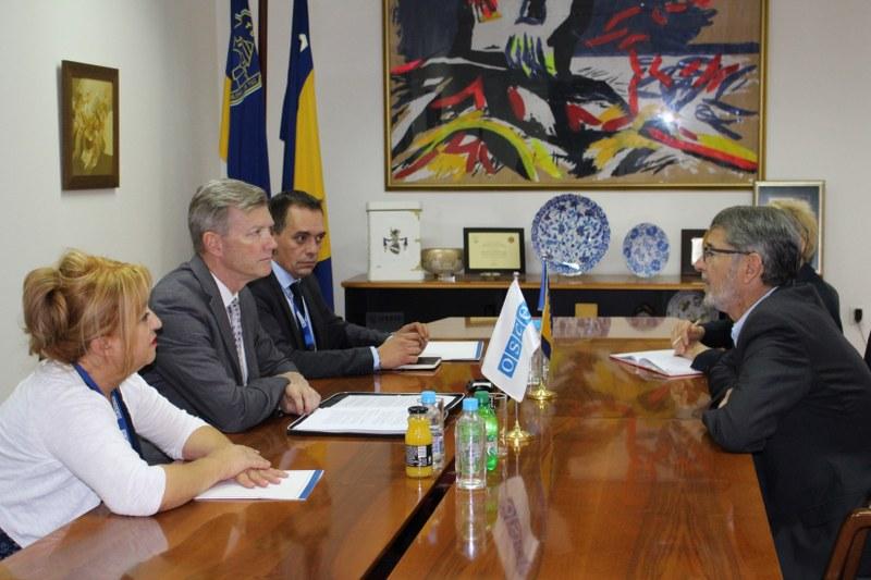 Sastanak gradonačelnika Tuzle i šefa Misije OSCE-a u BiH