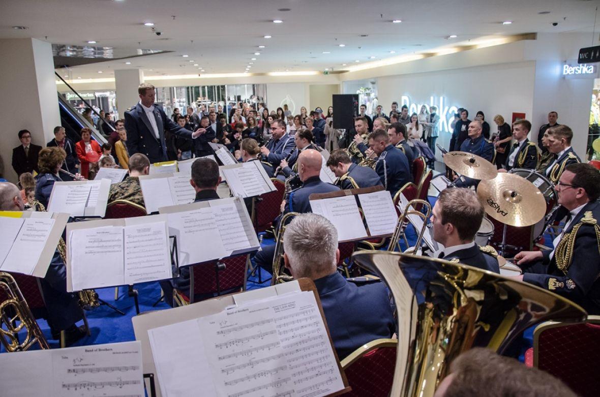 Najava koncerta Vojnog orkestra