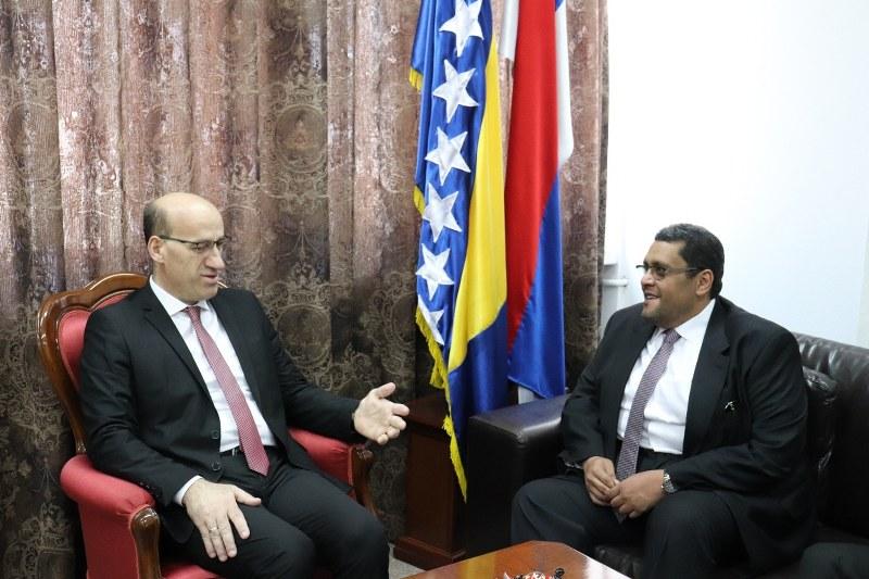 Salkić u Banja Luci razgovarao sa ambasadorom Katara