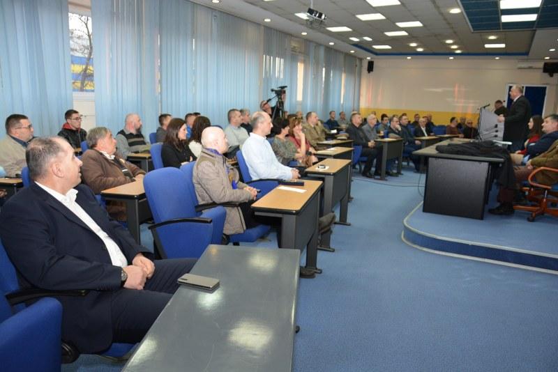 "Održana javna tribina "" Bosanski patriotizam"" u organizaciji Kluba Patriotske lige Tuzla"