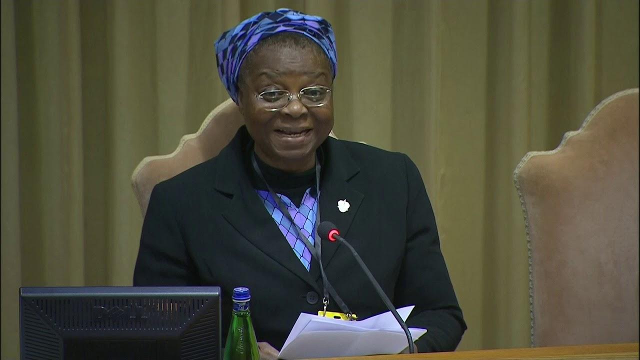Treći dan Vatikanskog samita: Veronica Openibo, časna sestra rođena u Nigeriji očitala je prisutnimsveštenim licima priličnu lekciju
