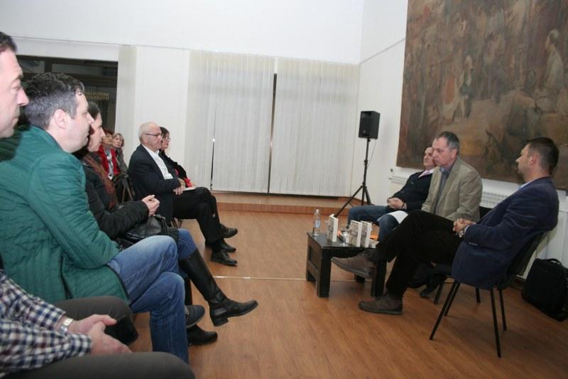 """U Tuzli održana promocija knjige """"Tragom drevnih Bošnjana"""": Bosanstvo i Bosna su sinonimi za ljubav"""