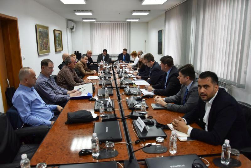 Vlada TK: Nastavljena dobra saradnja sa sindikatima