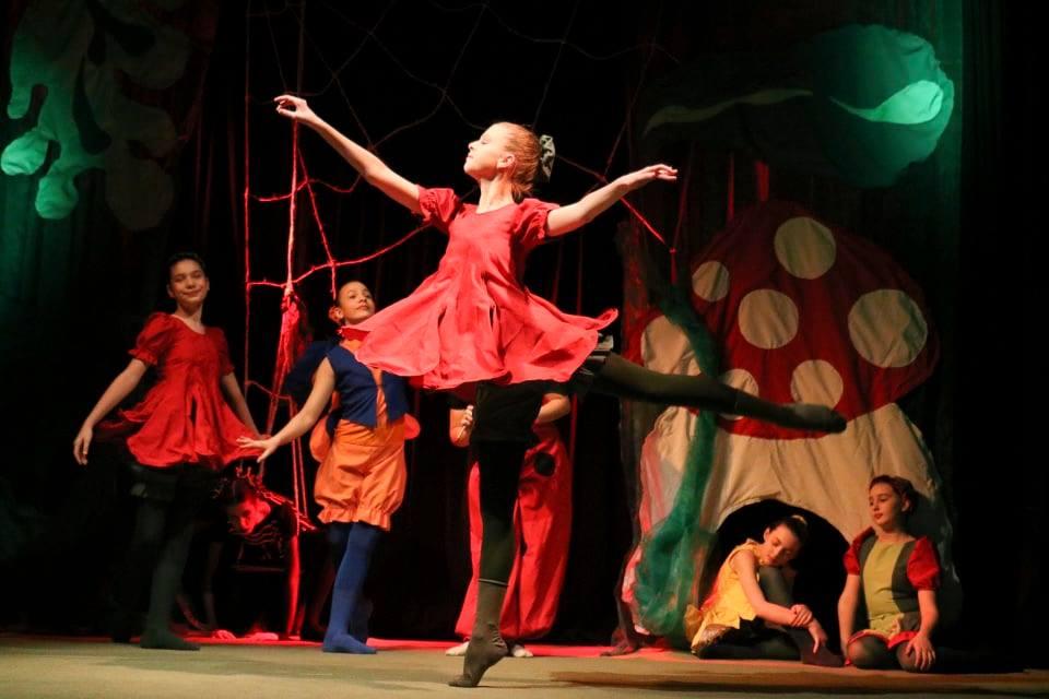 """Predstavom """"Mali maslačak"""" večeras će biti zatvoren Drugi festival umjetnosti za djecu, Živinice 2019."""