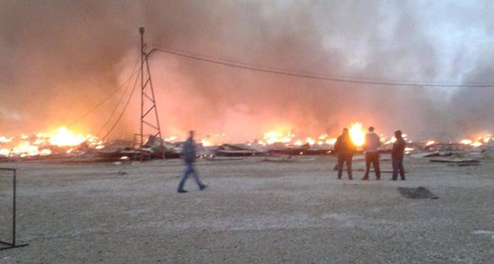 """Izbio požar na pijaci """"Arizona"""", vatrogasci se bore s vatrenom stihijom"""