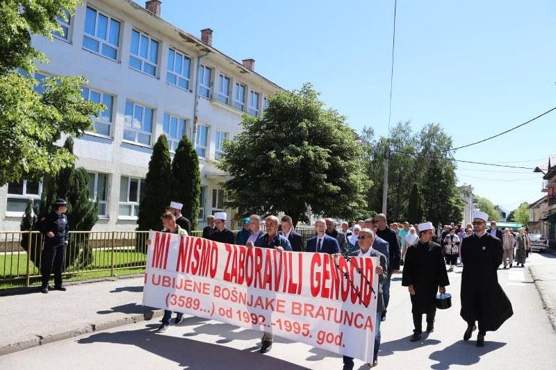 Ramiz Salkić danas je prisustvovao obilježavanju godišnjice zločina u Bratuncu