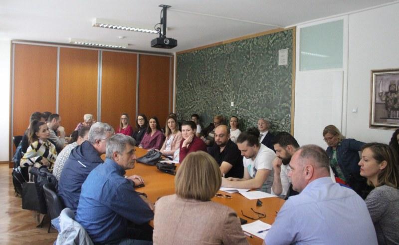 Održan Dan otvorenih vrata povodom Javnog poziva za dodjelu finansijskih sredstava iz Budžeta Grada Tuzle