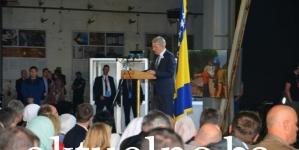 Džaferović u Potočarima pozvao međunarodnu zajednicu da se odlučno suprostavi negatorima genocida