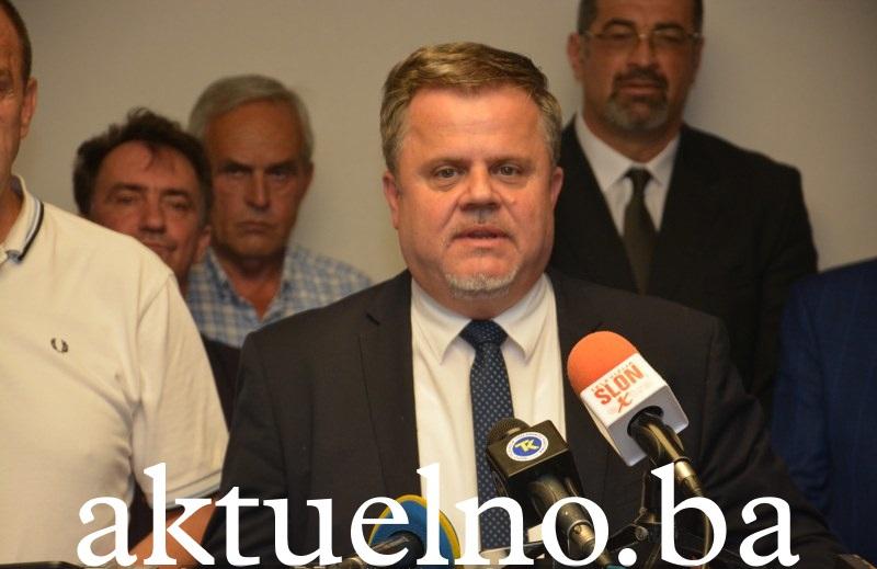"""Da li je na pomolu formiranje """"Novog SDP-a"""" u Tuzlanskom kantonu"""