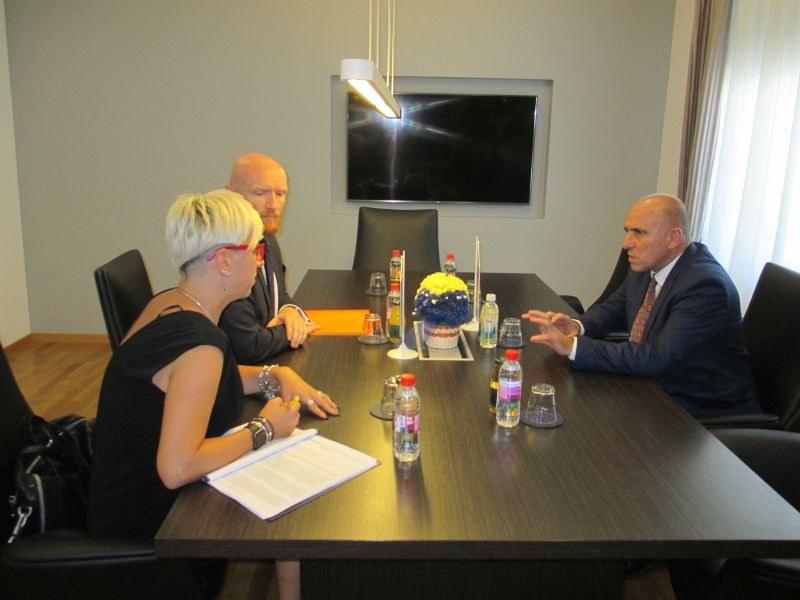 Premijer TK upoznao UK ambasadora sa prioritetima rada Vlade TK