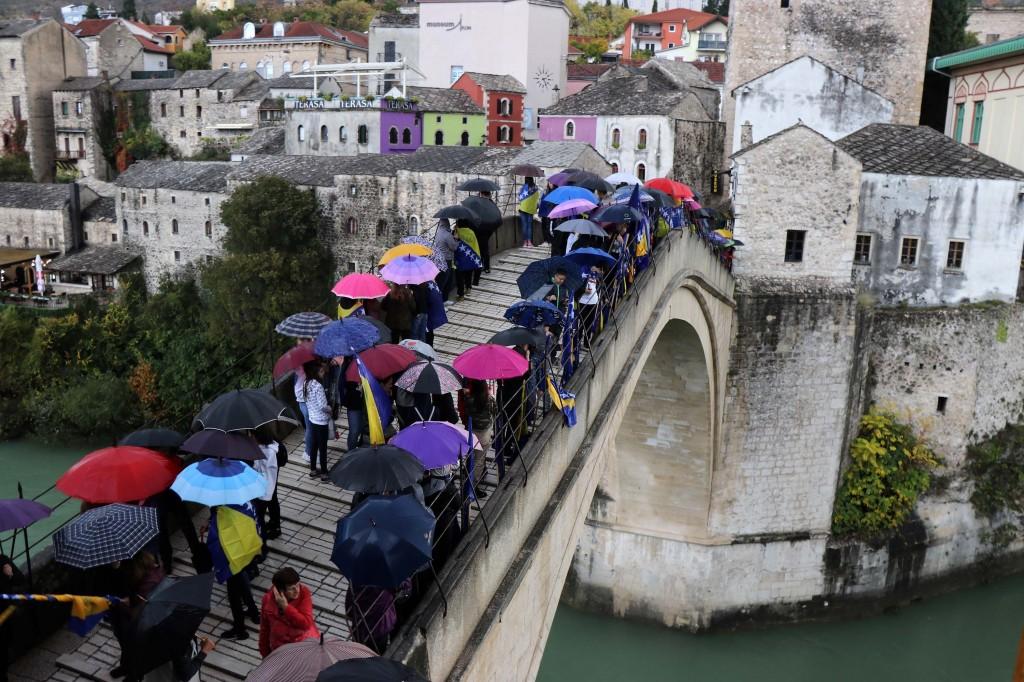 Obilježena godišnjica rušenja Starog mosta, simbola ljubavi i suživota