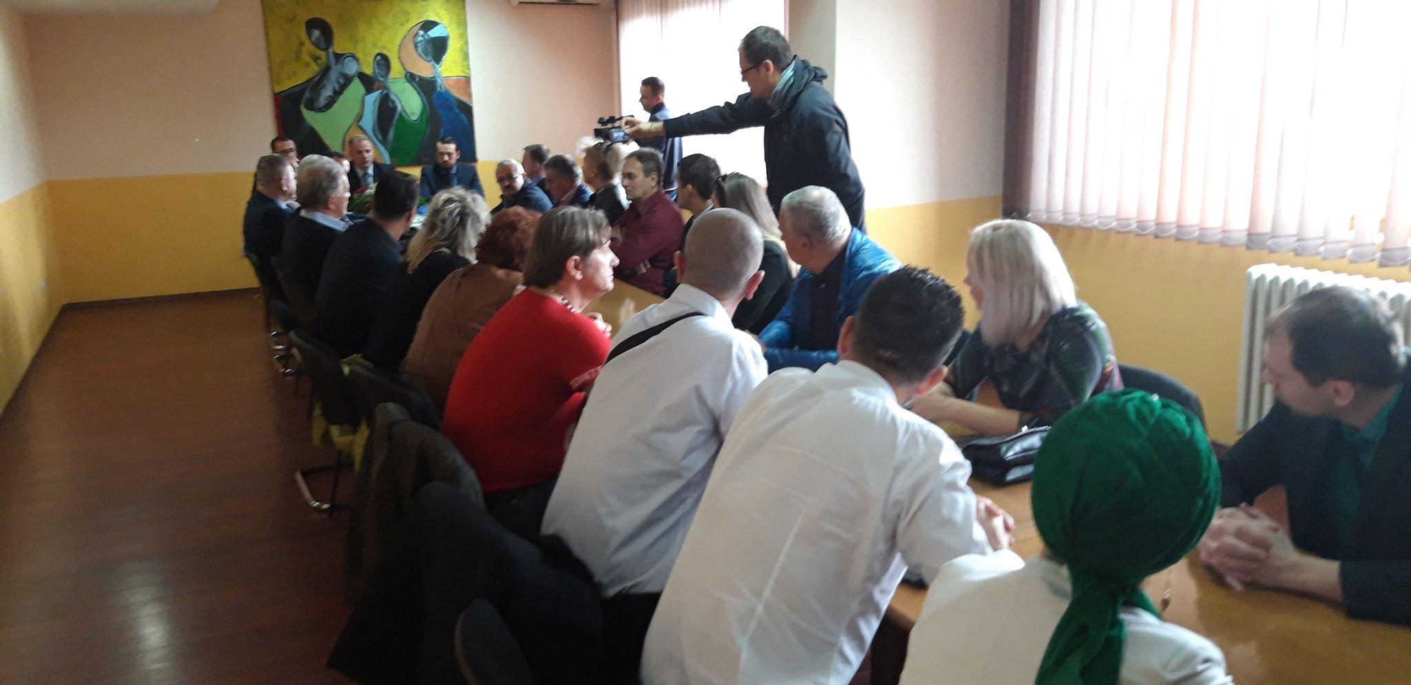 Veliki broj članova Nezavisnog bloka prešao u Stranku za BiH