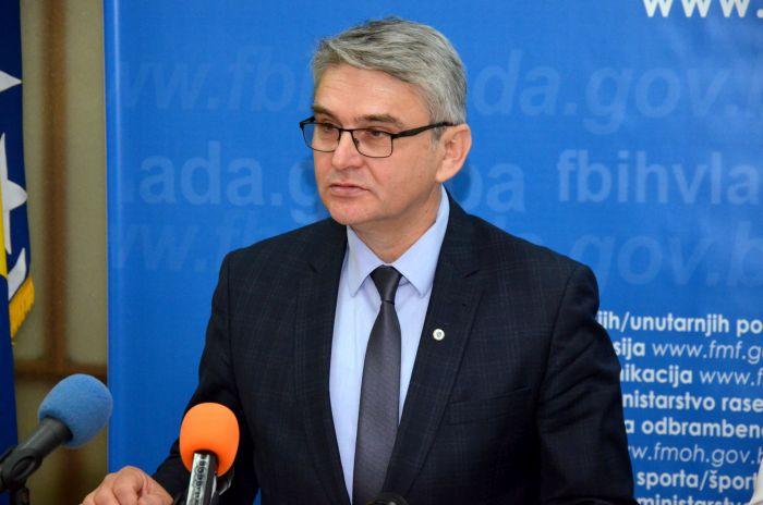 Ministar Bukvarević: Sraman čin zabrane odavanja počasti nevino ubijenim žrtvama