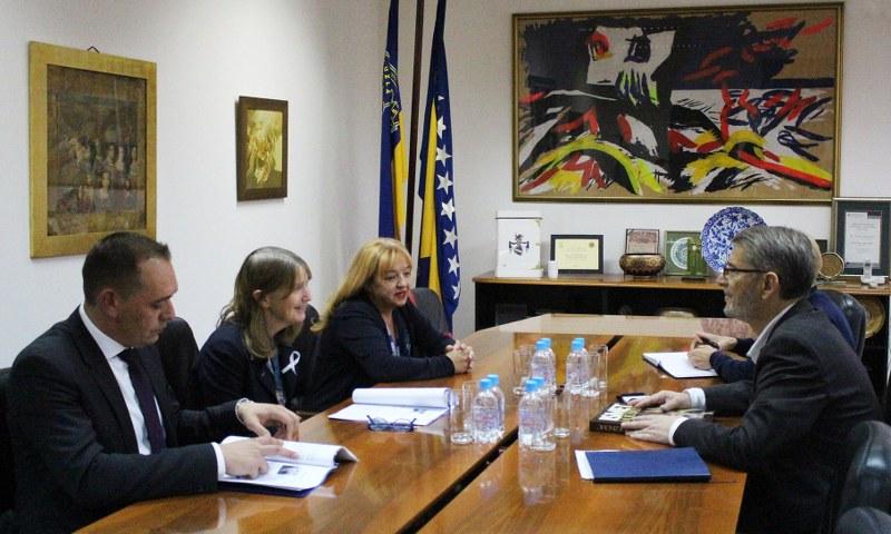 Šefica Misije OSCE-a BiH, ambasadorica Kathleen Kavalec, u posjeti gradonačelniku Tuzle