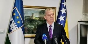 Ministar sigurnosti BiH Fahrudin Radončić razgovarao sa čelnim ljudima USK-a o migrantskoj krizi