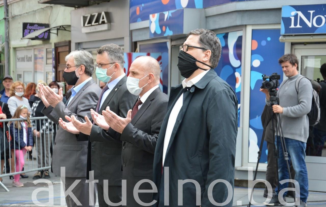Vlada TK odala počast stradaloj tuzlanskoj mladosti