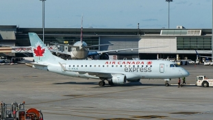 Najveća kanadska aviokompanija će otpustiti 20.000 zaposlenih