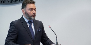 Ministar vanjske trgovine i ekonomskih odnosa BiH Staša Košarca izvinuo se građanima zbog nepromišljenog postupka
