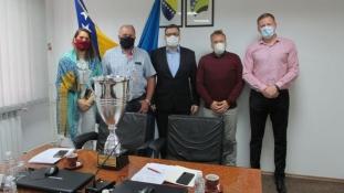 Malonogometni prvaci kod ministra Mićanovića