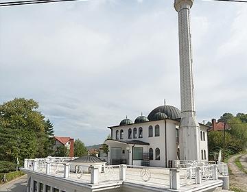 Novorođenče ostavljeno ispred Bijele džamije u Slavinovićima