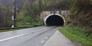 BIHAMK: Obustava saobraćaja u tunelu Ormanica, na putu Srebrenik – Orašje