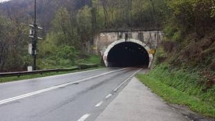 Obustavljen saobraćaj u tunelima Ormanica i Vinac