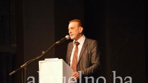 Kurtćehajić: Probosanski političari i intelektualci moraju odgovoriti Dodiku