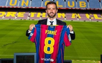 Pjanić zvanično predstavljen kao novi igrač Barcelone, zadužio dres sa brojem 8