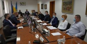 60,5 miliona KM beskamatnih kreditnih sredstava za privredu Tuzlanskog kantona