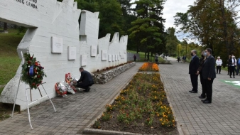 Delegacija Vlade Tuzlanskog kantona obilježila Dan oslobođenja Tuzle