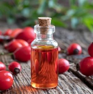 Znate li zašto ulje divlje ruže slovi za kraljevski tretman kože?
