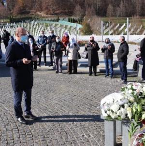 Ramiz Salkić prisustvovao obilježavanju Dana državnosti u Bratuncu i Potočarima