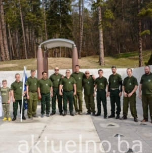 Čestitka UG Maloljetni borci ARBIH Grada Tuzla u povodu Dana državnosti